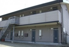 コーポ敷根  上質なアパートです。屋根付駐車場無料