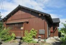 新城の木造平屋(店舗)